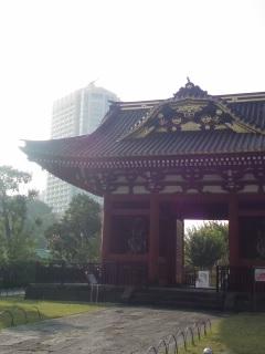 将軍 徳川秀忠のお墓の跡に建った豪華な建物とは?