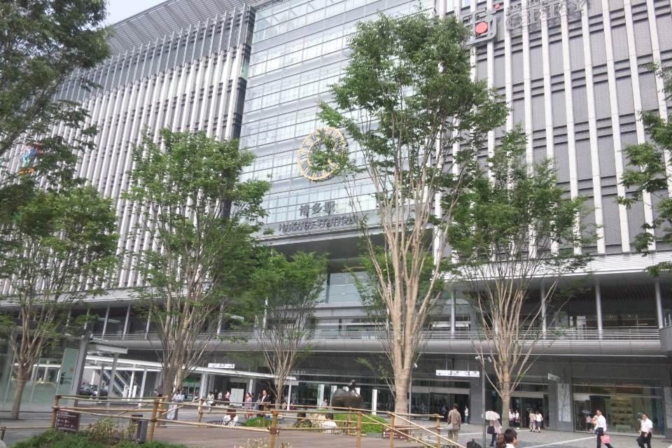 博多駅に到着